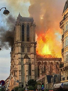 L'incendie de Notre Dame annoncé par Nostradamus (VI-19).