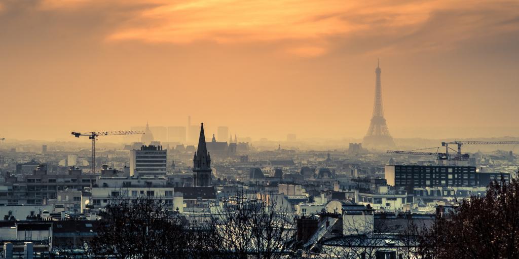 Odeur de soufre à Paris et ouverture du puits de l'abîme.